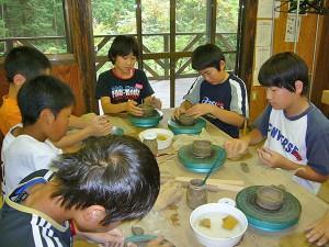 団体陶芸手びねり体験