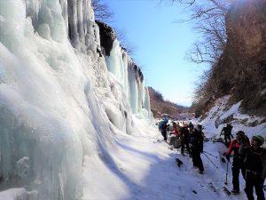 雲竜渓谷氷瀑トレッキング2018ワンプレイト2